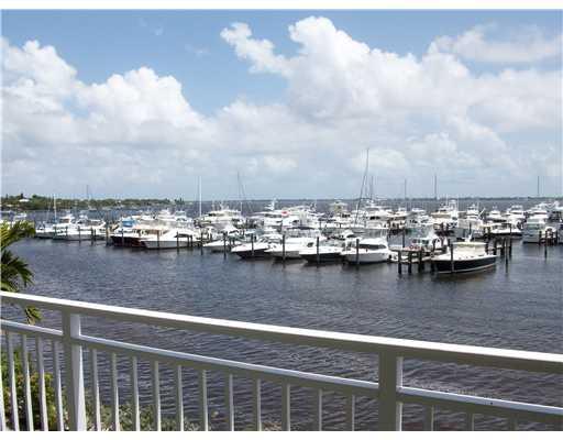 Harborage Yacht Club in Stuart Florida